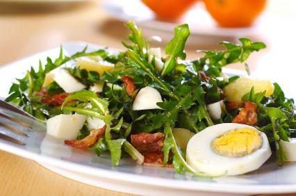 салат з кульбаби
