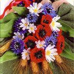 Букет польових квітів до 8 березня