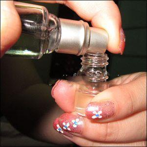 Як перевілавть парфум: опис процесу
