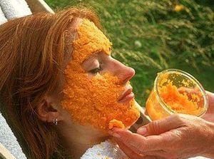 Морквяна маска для обличчя допомагає боротися з передчасним старінням