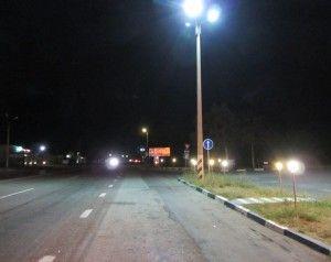 Як зупиняти машини вночі, як їздити автостопом вночі.