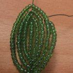 Плетемо листя гібіскуса з бісеру