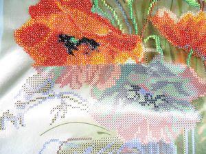 Виходять гарні картини бісером на художньої тканини