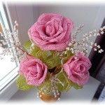 Троянди з бісеру у французькій техніці плетіння