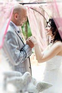 Як підштовхнути чоловіка на думці про одруження і до весілля? Психологія сімейних відносин