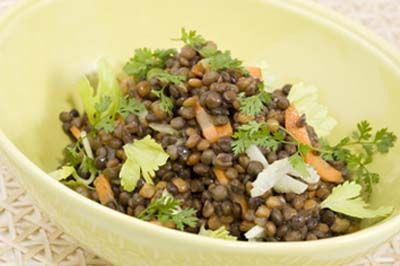 салат з селери і сочевиці