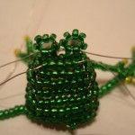 Майстер-клас плетіння жаби з бісеру