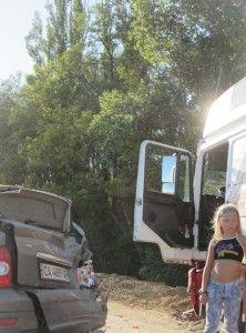 Аварія на трасі, аварія через автостопщика.