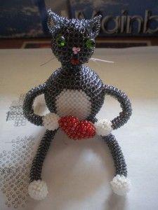 Плетемо кошеня з бісеру