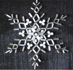 Майстер-клас плетіння сніжинки з бісеру та стеклярусу