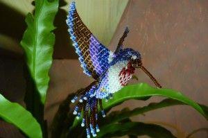 Птах колібрі з бісеру