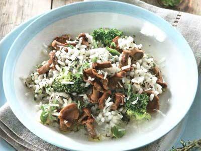 рис з грибами і брокколі