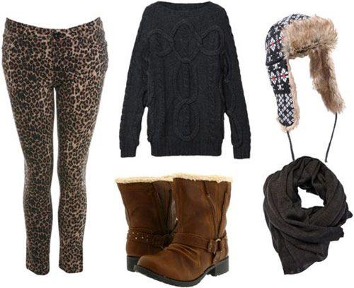 леопардові штани і светр