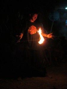 Вогняні шоу в криму на казковому місті, кращі фаєрщики України