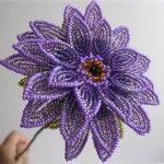 Квітка гербери з бісеру