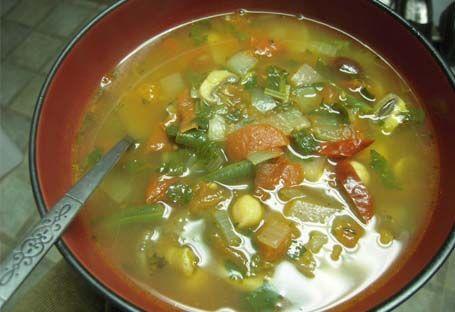 суп з молодої квасолі