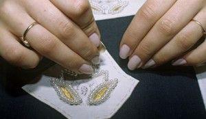 Майстер-клас з вишивки бісером візерунків на тканині