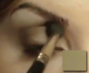 денний макіяж: растушевка тіней теплого відтінку