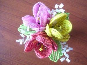 Майстер-клас плетіння тюльпанів з бісеру