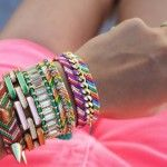 Як прикрасити фенечки з ниток