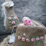 Будь-яку річ можна прикрасити вишивкою рококо