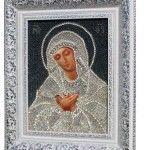Вишита у світлих тонах ікона Розчулення Пресвятої Богородиці