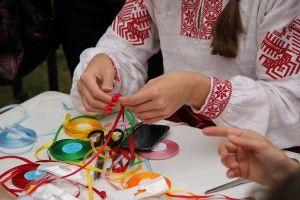 як правильно навчитися вишивати стрічками